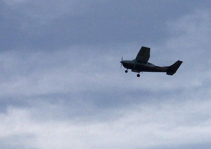 彦根市で新築注文住宅は旬スタイル飛行機